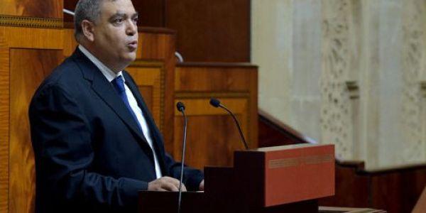 """برلماني طالب وزير الداخلية يكشف على شبكات كاتسرق """"التجهيزات العمومية"""""""