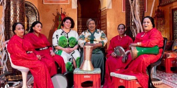 الشطاحة الجزائرية إسراء وردة لي كتدعم البوليساريو داخلة خارجة للمغرب باسم الفن