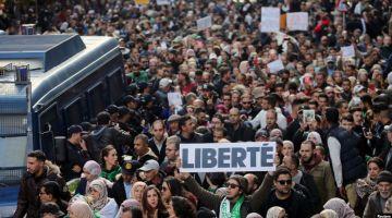 رفض شعبي ف الجزاير لنتايج الانتخابات الرياسية