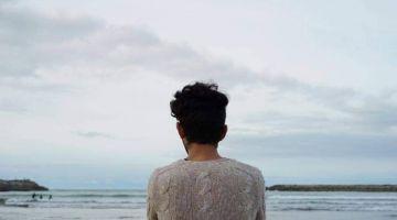 """ماشي ساهل تكون مثلي فبلاد ماكتقبلش الاختلاف.. أيوب لـ""""كود"""" : أنا راجل ومن حقي نبغي راجل واعتبار المثلية مرض نفسي تخلف وغباء"""