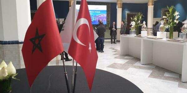 الوفد التركي دخل ف مفاوضات للرد على مطالب المغرب بمراجعة اتفاقية التبادل الحر: مكاينش إلغاء الاتفاقية والأتراك جابو الاستثمارات الجديدة