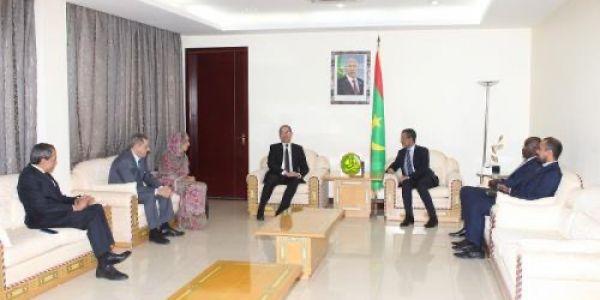 الوزير الاول الموريتاني ووزير الداخلية استقبلوا وفد مغربي