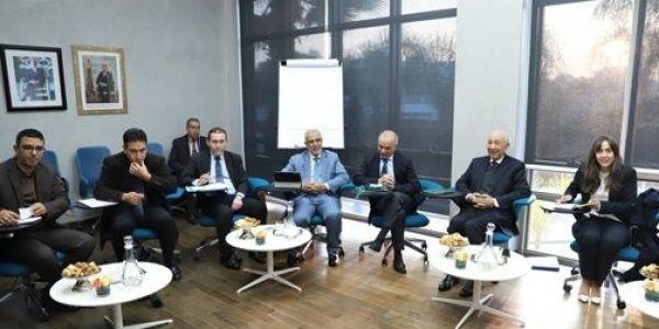 ها كيفاش كتشوف الاحزاب السياسية والنقابات المشروع التنموي اللي خاص المغرب
