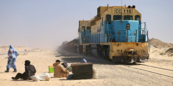 موريتانيا والجزائر بغاو يطلقو خط ديال تران بيناتهم