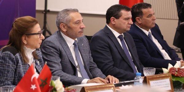 """بيم"""" تركيا ترد على الوزير حفيظ العلمي: 85 في المائة من المنتوجات لي كنبيعو مغربية"""