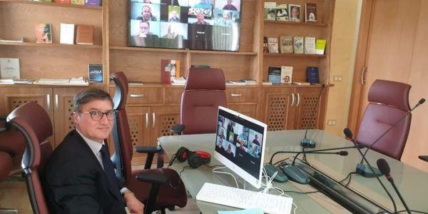 بسالة مستشار عبيابة. المجلس الوطني للصحافة دار اجتماع محتارم حالة الطوارئ