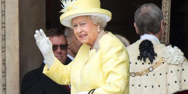 الملكة إليزابيث زادت ترفحات
