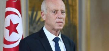 غادية وكاتزيد تترون.. الرئيس التونسي قرر رسميا يعفي رئيس الحكومة و عدد من الوزراء – بلاغ