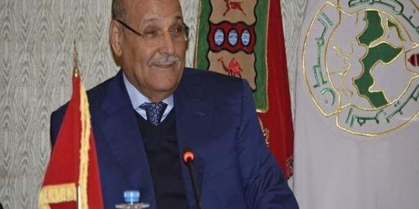 هادي حملة انتخابية وعلاش الدولة تسمح بيه. ولد الرشيد عاون كثر من 300 أُسرة فالعيون ب2000 درهم للعائلة