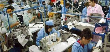 ها كيفاش دايرة الصناعة التحويلية ف المغرب: انخفاضات ف قطاع النسيج ونجارة الخشب -أرقام