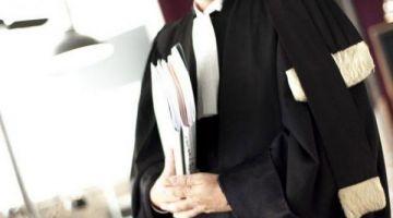 """قضية المحامي المصاب بـ""""كورونا"""".. أزيد من 20 محامي بفاس دارو التحاليل المخبرية وحالة من الترقب تسود قبل ظهور النتائج"""