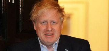 رئيس الوزراء البريطاني بوريس جونسون اخرج من العناية المركزة لكنه مازال ف الصبيطار