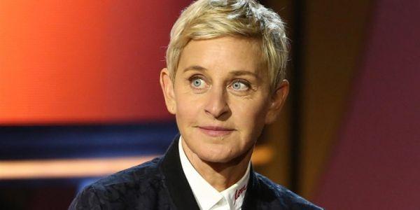 """نايضة.. التحقيق مع فريق برنامج """"The Ellen DeGeneres Show"""" والقضية فيها العنصرية"""