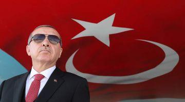 السلفي حماد القباج يكتشف سبب ظهور كورونا! نظرة واحدة من أردوغان في الصباح. ونظرة في الغداء. ونظرة  قبل النوم.  وها أنت تخلصت من كورونا