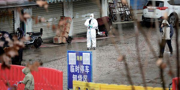 الصين: رسميا عندنا مئات المصابين بكورونا بلا أعراض