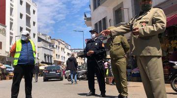 """يوم ثاني عيد.. ناس تضررات وبغات """"الخبز"""" والسلطات دارت إجراءات مشددة ومنعات نشاطهم الاقتصادي"""