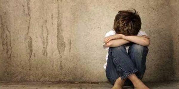 الراشيدية : 20 عام ديال الحبس لمعلم بيدوفيل هتك عرض 12 تلميذ قاصر