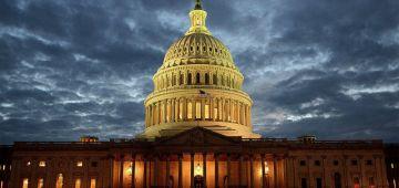 القضية بدات تحماض فمريكان.. عيطو للحرس الوطني الأمريكي للسيطرة على احتجاجات حدا البيت الأبيض