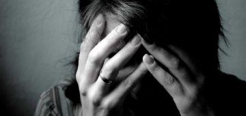 """اليوم العالمي للدورة الشهرية: معاناة المرا مع """"ليريكَل"""" كبيرا بزاف وخاص العقليات تتبدل.."""