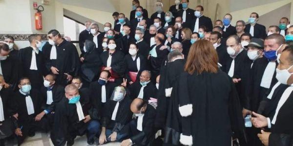 استئنافية الرباط اجلات ملف عبوز.. ومئات المحامين تجمهرو باش يساندوه واخا كاين كورونا