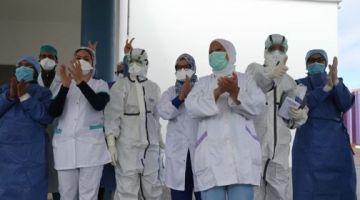 من بعد عام على ظهور كورونا فبلادنا: 484 ألف مغربي تصاب و8645 واحد مات.. و3 مليون و600 ألف دارو الفاكسان