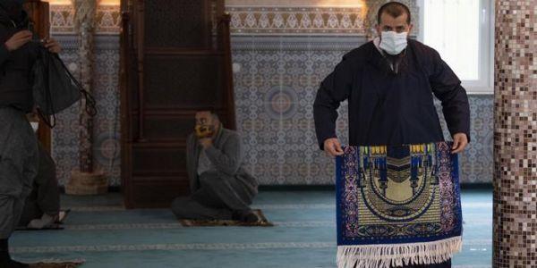 فرنسا سمحات باستئناف التجمعات الدينية واللّي بغا يدخل للجامع خاصُّو ضروري يدير الكمامة