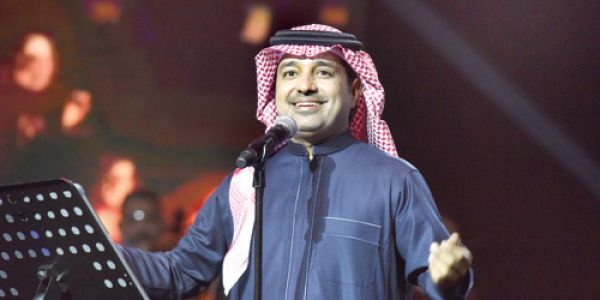 راشد الماجد: أنا إنسان كوروني من ديما.. والحجر الصحي بان عليا فحناكي