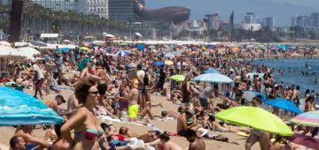 تراجع عدد السياح اللي كيصيفو فإسبانيا بنسبة 98%