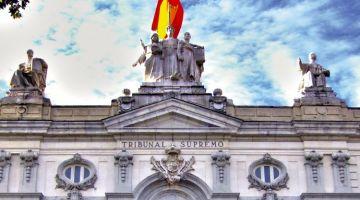 ما معتارفينش بيه. علم البوليساريو ممنوع يتعلق فالمؤسسات الاسبانية