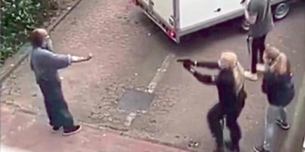 بالفيديو. بوليس ألمانيا قتلوا مغربي بالقرطاس بعدما هددهوم بالسلاح