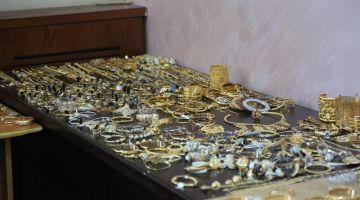بوليس كَليميم قرقب على عسكري سارجان متلبس بشفرة محل ديال الذهب