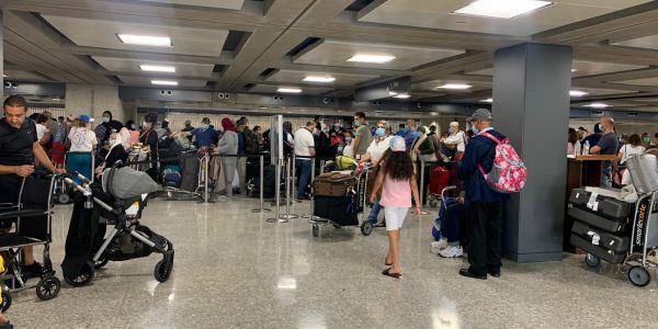 الحكومة: مكاينش فتح الحدود.. كاينين غير رحلات استثنائية