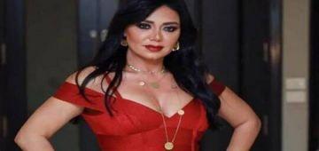 رانيا يوسف شدات الطوندونس عوتاني مع المتدعششين بسباب لباسها -تصاور