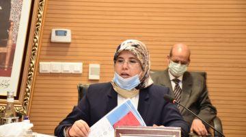 بحضور رئيس الحكومة ووزيرة التضامن.. المصادقة على برنامج للتمكين الاقتصادي للنساء