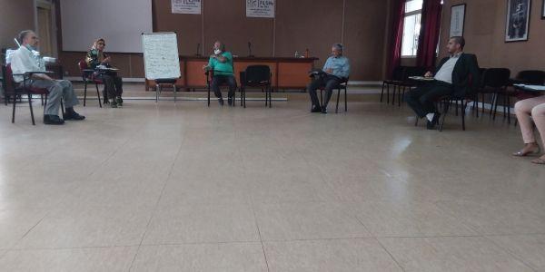 أول محاضرة فزمن كورونا لطلبة الدكتوراه كانت فبنمسيك.. الحضور كان قليل وتم احترام التباعد الجسدي والحرص على التعقيم