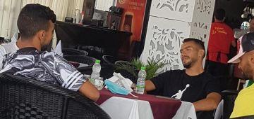 لعابة ديال الرجاء مفوجين فلاكوط بأكادير بعد هزم الحسنية واستعادة صدارة البطولة – تصاور