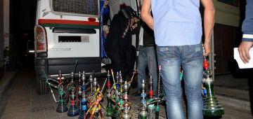 بوليس فاس داير حملة على قهاوي الشيشة.توقيف 40 واحد وحجز 821 شيشة.. وهادشي غير من بداية هاد العام