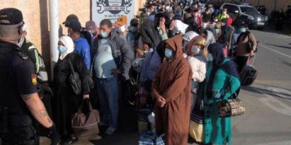 بعد مليلية. العالقين لمغاربة فسبتة حتى هوما بداو يرجعوهوم اليوم والبداية ب100 مرا