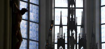 الكنيسة الكاثوليكية فألمانيا غادي تخلص تعويضات للناس اللي تعداو عليهم رجال الدين جنسيا
