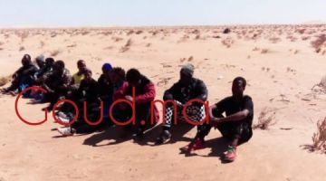 بوليس العيون اعتاقل 4 فيهم واحد من دول جنوب الصحرا بسباب الاتحار فالبشر والحريگ