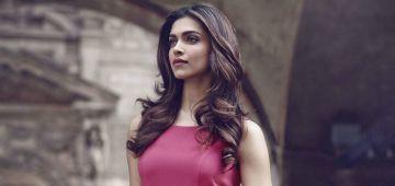 التحقيق مع ممثلة هندية معروفة بزاف بسباب المخدرات