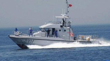 البحرية الملكية نقذات 284 مرشح للهجرة السرية على طول السواحل الشمالية
