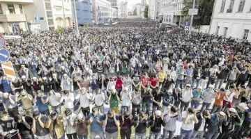 رئيس المجلس الفرنسي للديانة الاسلامية للمسلمي بلادو: كتضامن مع الضحايا لغيو گاع الاحتفالات بعيد المولد