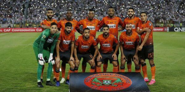 الملك مهنئا نهضة بركان بالتتويج القاري التاريخي: إنجاز مشرف لكرة القدم المغربية