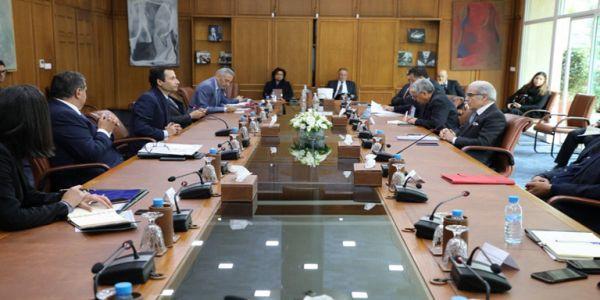 """لجنة اليقظة الاقتصادية قرّرات تمديد الدعم ديال القطاعات اللّي تضرّات بسبب """"كورونا"""""""