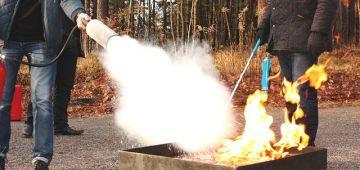 """تفاصيل جديدة على الطاشرون الملياردير زهير عبد الهادي. فورنيسور كيتسالو 4.8 مليار هو اللي شعل فيه العافية وقال ليه """"حرقتيني فرزقي غادي نحرقك"""" قبل ما يسلم راسو"""
