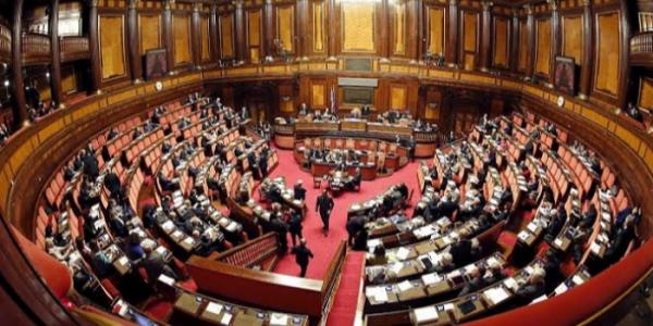 رئيس لجنة الشؤون الخارجية في مجلس النواب الايطالي: قلقين من الوضع فالكَركَرات وخاص اجتناب استعمال القوة