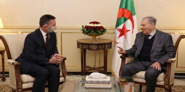 باش يرضي العسكر. رئيس مجلس الأمة دالجزائر هدر فملف الصحرا مع سفير بريطانيا لي سالات مهمتو