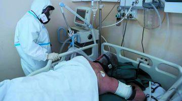 طبيب: لي مصابين بكورونا من الأحسن ينعسو على كروشهم باش ينشطو التنفس