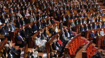 قوانين الانتخابات. فريق البيجيدي في البرلمان داير إنزال و جاب كل برلمانييه.